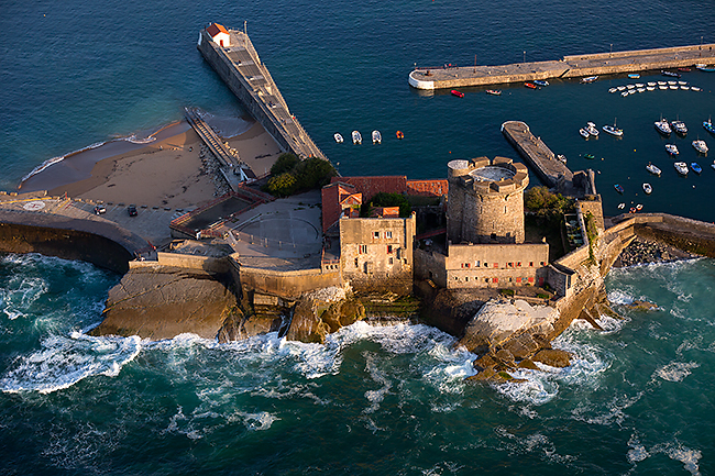 drone for video with Fort De Socoa Baie De Saint Jean De Luz Pays Basque 56026 on Les Robots Mouche likewise Specs furthermore Iceland By Drone besides Gallery likewise Fort De Socoa Baie De Saint Jean De Luz Pays Basque 56026.